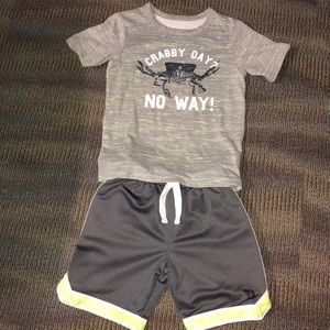 Other - Boys tee and shorts outfit size 4/5